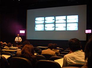 南カリフォルニア大学日本セミナーが開催されました。