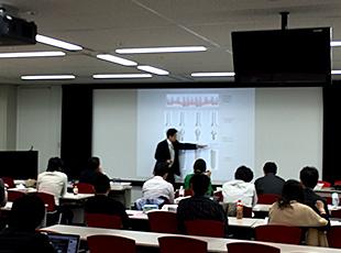 10月13日(月)ノーベルバイオケア・ジャパン株式会社の「インプラントStep-up Course」講師として、インプラント上級者の先生方へ向け講演会を行いました。