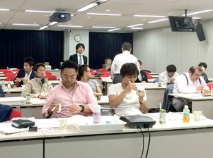 10月12日(月)ノーベルバイオケア・ジャパン株式会社の「インプラントStep-up Course」講師として、インプラント上級者の先生方へ向け講演会を行いました。